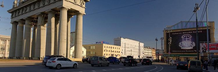 реклама на видеоэкране Московский 105