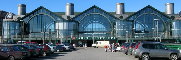 реклама на Ладожском вокзале